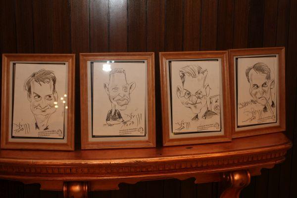 Caricaturi petrecere by Caricaturasunt.eu
