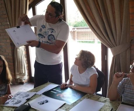 Training despre caricaturi in tabara de copii de la Bran
