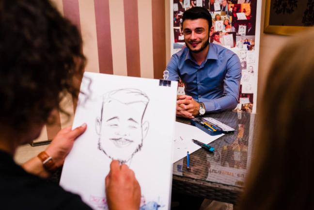 Fotografii realizate de Vlad Lodoaba - caricaturi la nunta