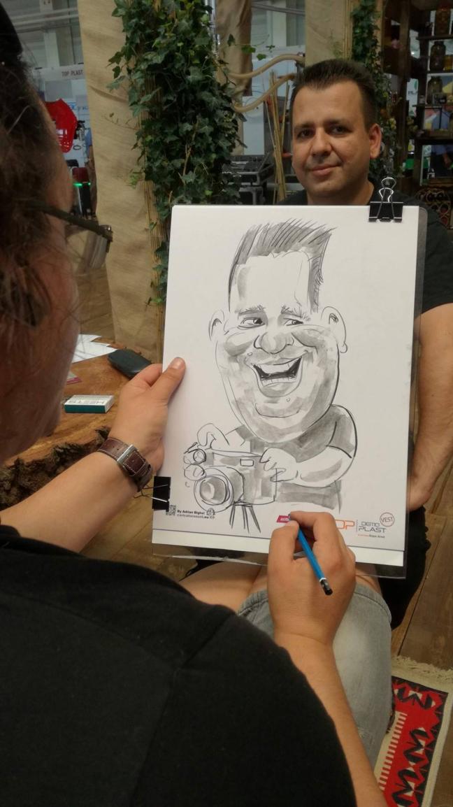 Caricaturi la Expo Arad , caricaturist Adrian Bighei