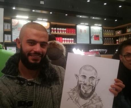 Caricaturi la Starbucks, Brasov, Piata Sfatului