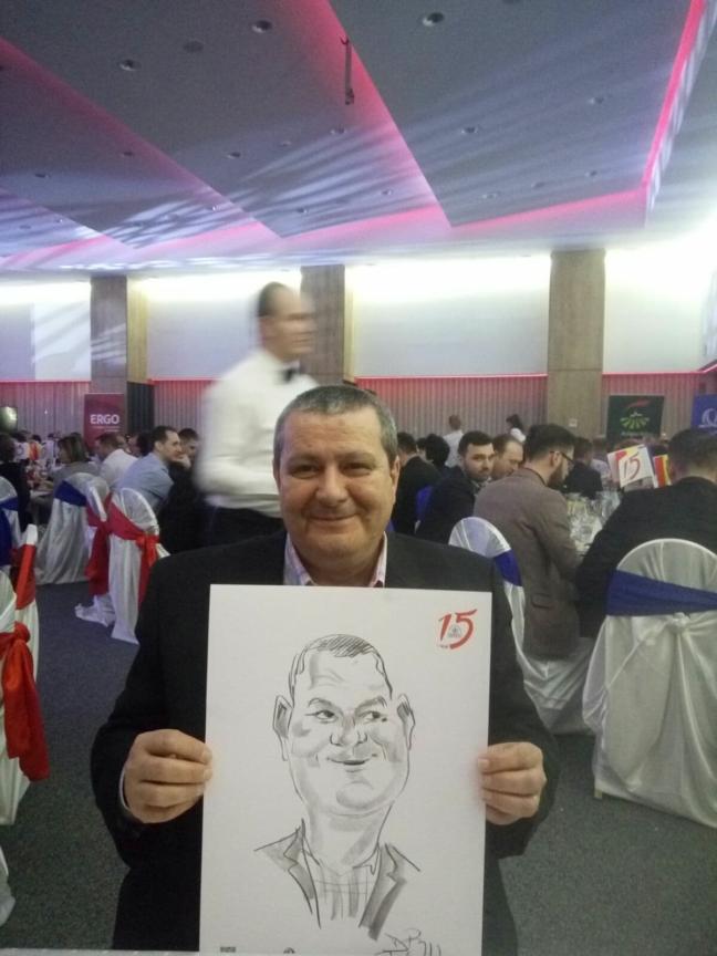 Caricaturist la petreceri private - Adrian Bighei