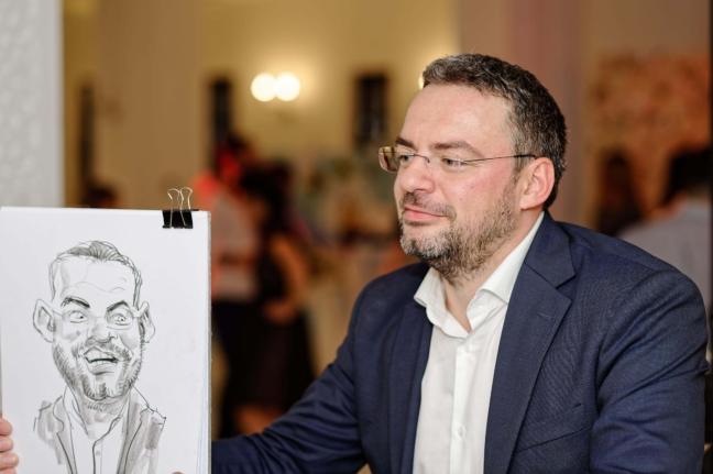 Caricaturi si portrete live. Preturi personalizate