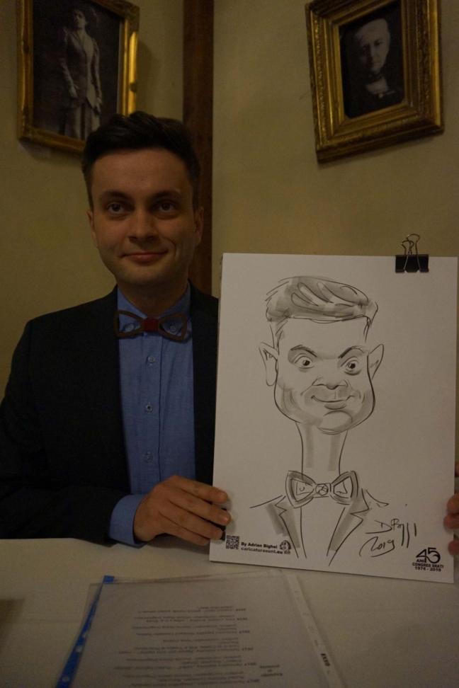 Portrete clasice si caricaturi amuzante