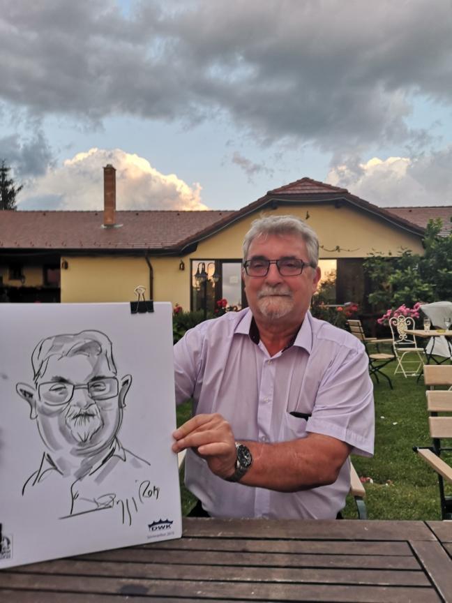 Caricaturi evenimente corporate by Adrian Bighei