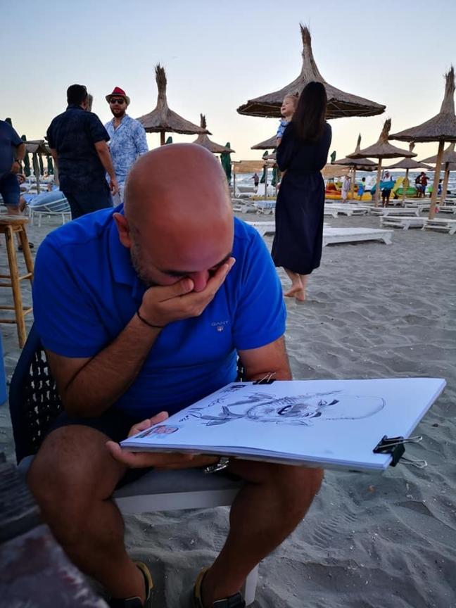 Rasete si caricaturi cu Adrian Bighei