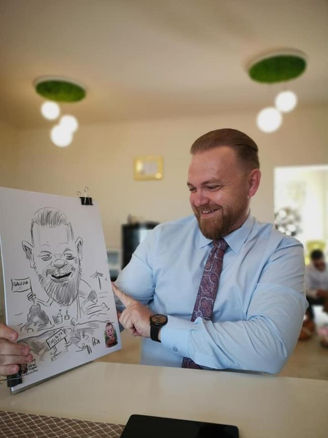 caricaturi personalizate